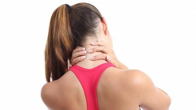 10 keinoa, joilla selän saa kuntoon (Liikkuminen auttaa yläselän kipuihin.)