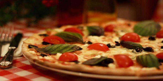 Puan 4.9/5. Konumu Ortaköy, Istanbul. Pizza Çeşitleri ile meşhur. Ortalama Hesap  ₺50 iki kişi için (ortalama)