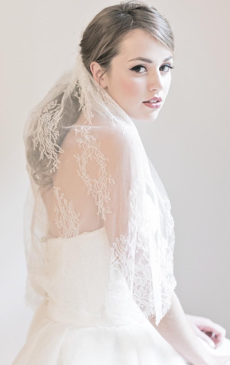 {Elisa} French Lace Veil by Enchanted Atelier for Maison Sophie Hallette.  {Image Credit: Emme Wynn Photography; Gown by Sareh Nouri; MUA Liz Wegrzyn; Model Leanne Hyer}Dresses Wedding, Bridal Veils, Chiffon Wedding Dresses, Ate Couture, French Lace, Vintage Wedding Dresses, Lace Veils, Gowns Wedding, Enchanted Ate