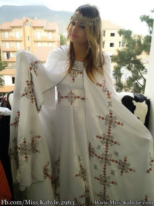 Miss Kabylie 2016 - Tartag Tinhinane - Miss Kabylie                                                                                                                                                                                 Plus