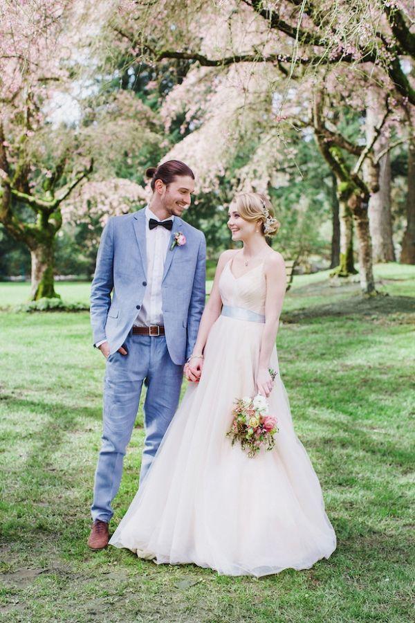 Romantic Wedding Photo for a Cherry Blossom Wedding | Caroline Ross Photography