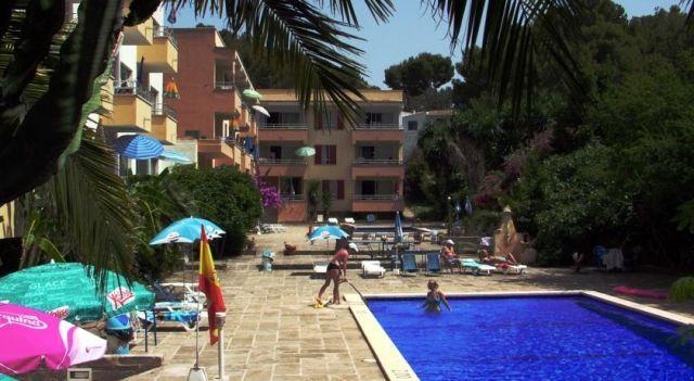 Apartamentos Promenade - #Apartments - $68 - #Hotels #Spain #Paguera http://www.justigo.ws/hotels/spain/paguera/apartamentos-promenade_13292.html