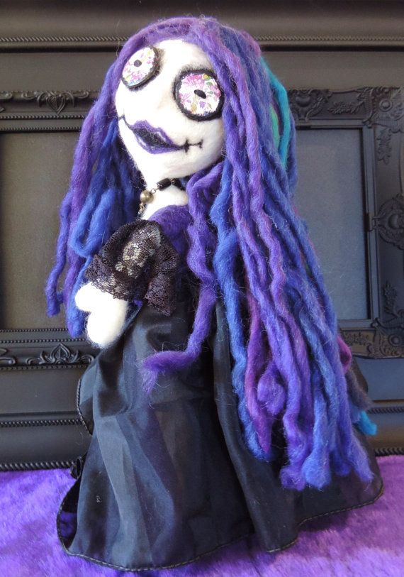 Check out this item in my Etsy shop https://www.etsy.com/au/listing/470216548/regna-gothic-wool-felted-cloth-poseable