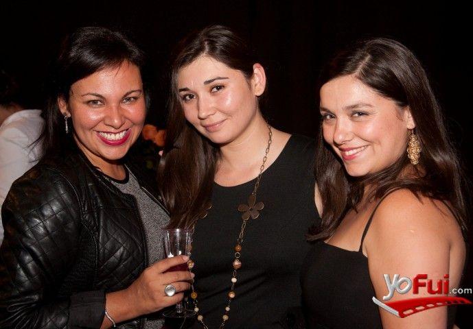 YoFui.com: Alejandra Espinosa Auad, Katherine Canales, Sonia Paz Galleguillos en Estreno de Maldito Disney, Sala La Troupe, Santiago (Chile)