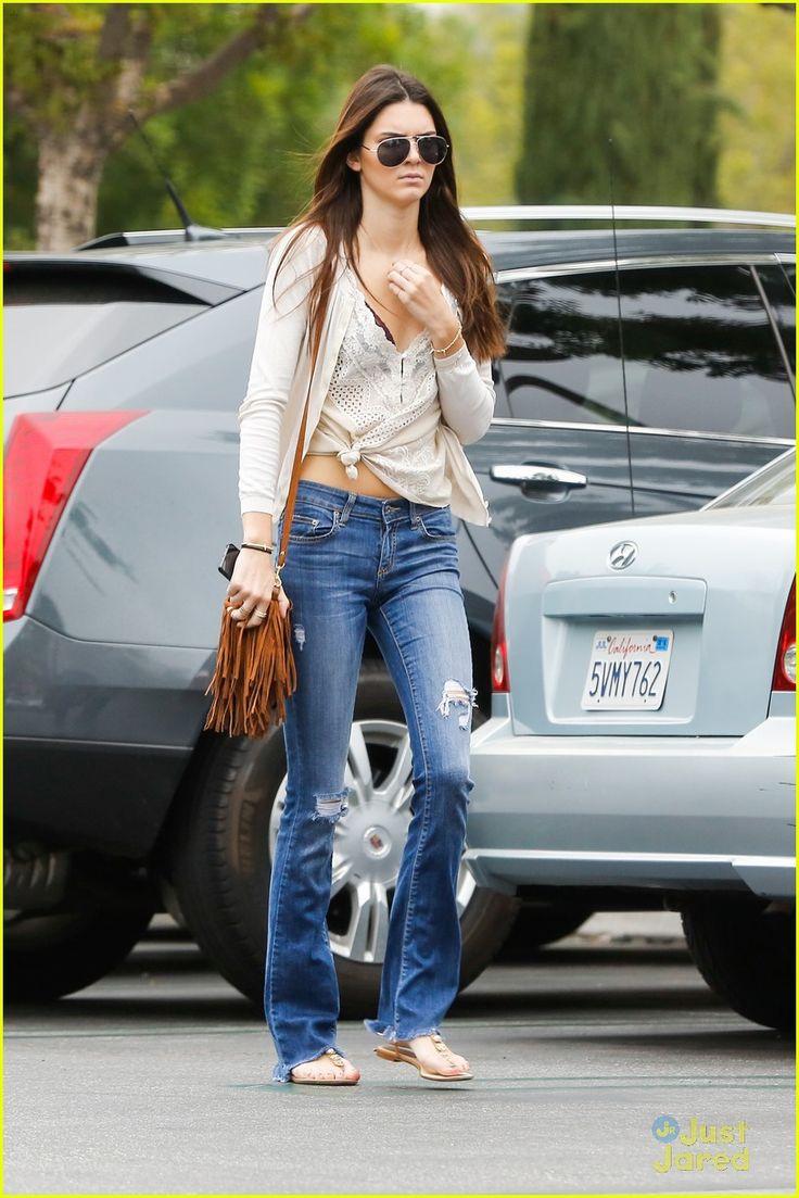 Kendall & Kylie Jenner: Calabasas Lunch Ladies | kendall kylie jenner lunch friday 08 - Photo Gallery | Just Jared Jr.