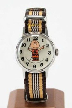 """SNOOPY WATCH ""CHARLIE BROWN"""" https://sumally.com/p/156158"