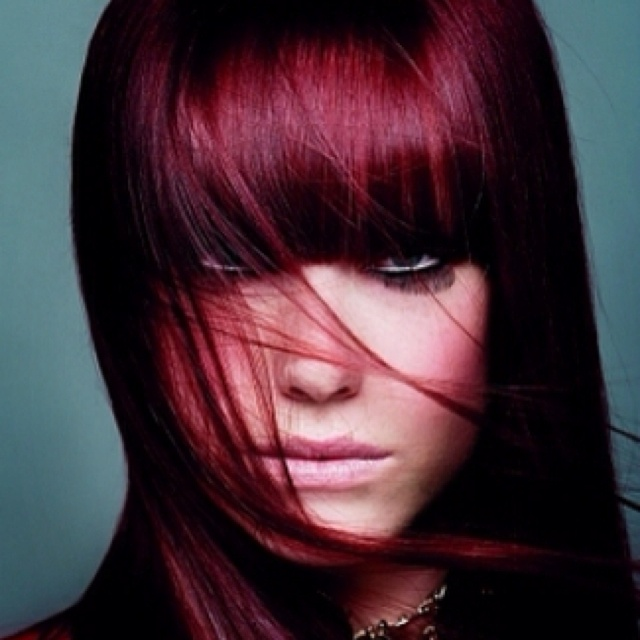 I want this hair color!Dark Red Hair, Hair Colors Ideas, Haircolor, New Hair Colors, Bangs, Hair Style, Redhair, Burgundy Hair Colors, Colors Hair
