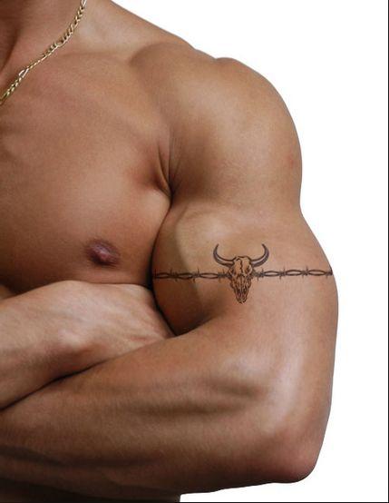 14 Best Barbed Wire Tattoos
