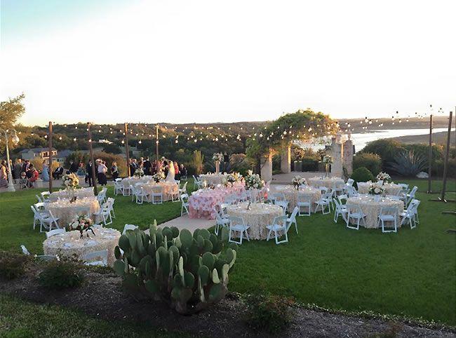 """""""Under the Big Texas Sky: 10 Outdoor Wedding Venues in Austin"""" Vintage Villas Hotel & Events"""