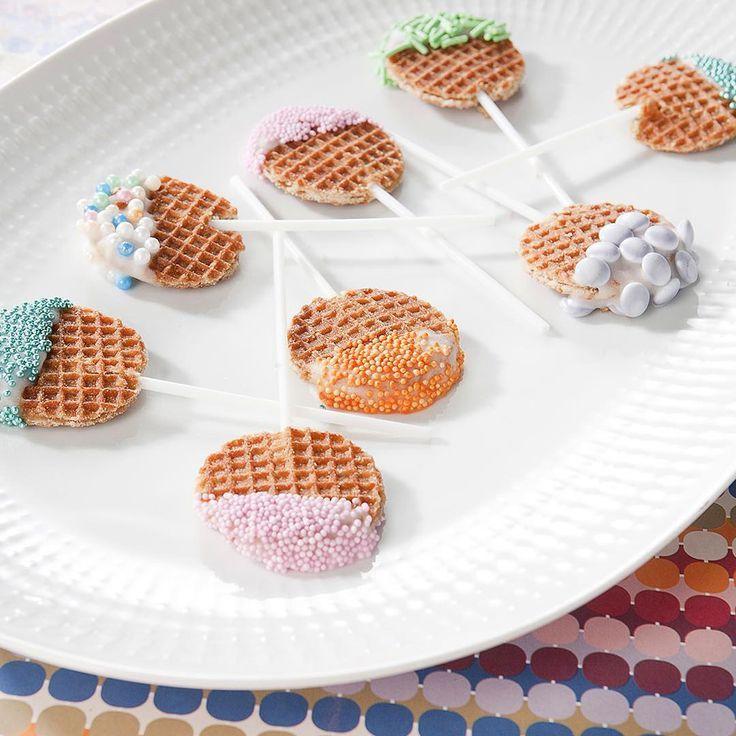 Een vrolijke traktatie: stroopwafel lollies. #trakterenmetflair #flair45 #flairnl