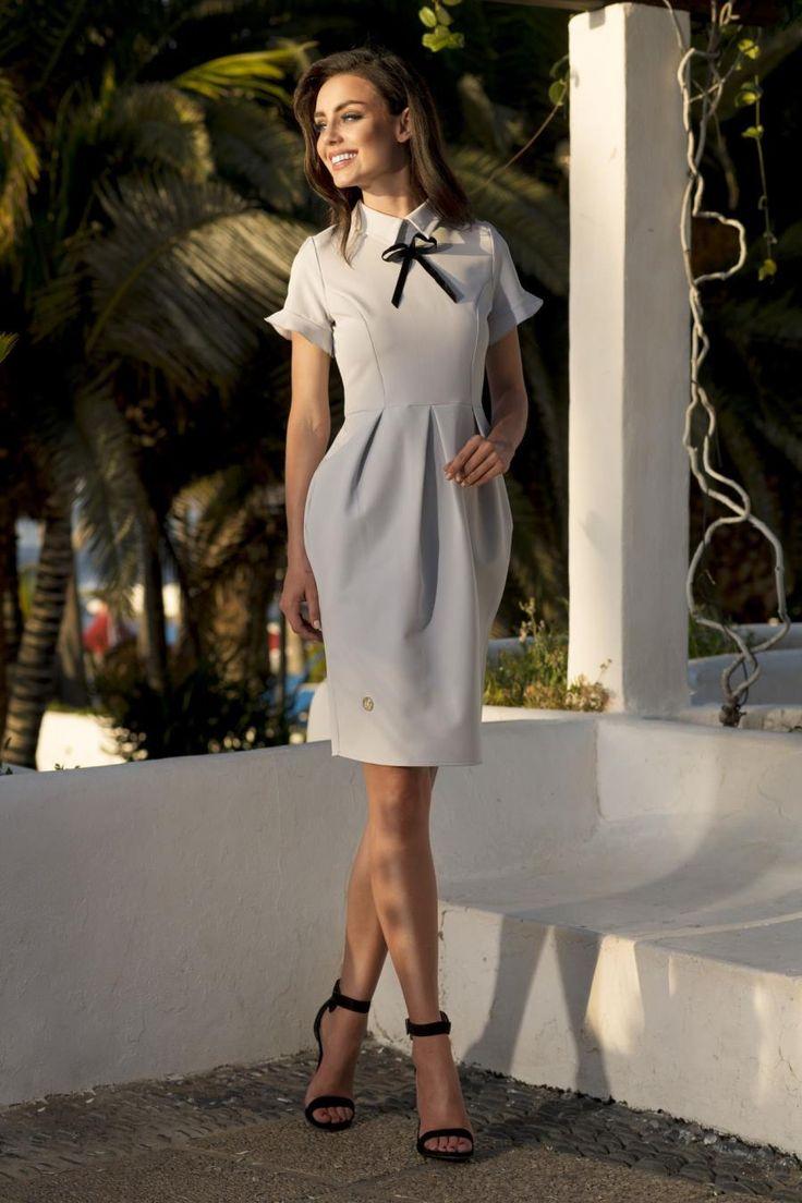 Klasyczna Sukienka z Zakładkami Jasnoszara LEL234