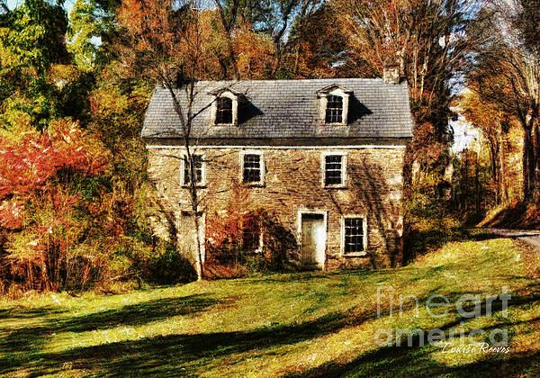 Forgotten, an abandoned stone house in historic Bucks County, Pa Facade inspiration