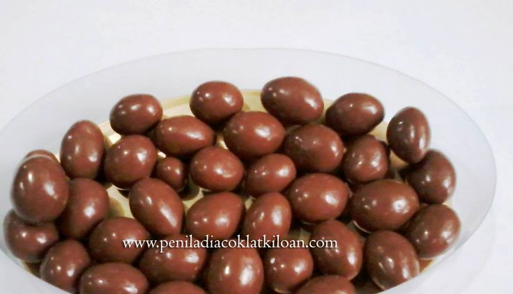 Coklat Delfi Almond www.peniladiacoklatkiloan.com