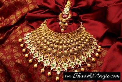 TBZ Gold  Get a well-crafted gold plated jewelry of TBZ because they are worth with its quality and purity with antique carvings. So, when you get a durable gold jewelry which looks expensive in its look for your wedding outfit is what makes you a complete bride of the day.
