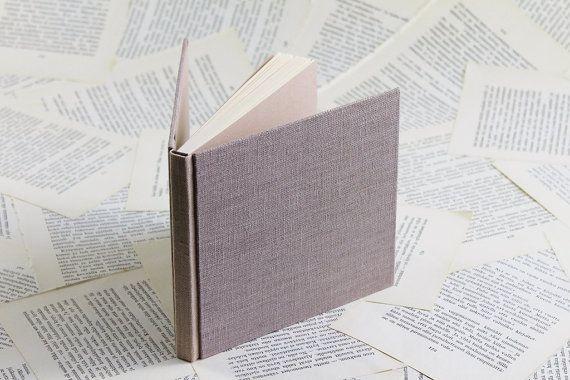 Tamaño medio Duo-tono polvoriento Notebook rosa por paperiaarre
