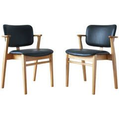 Pair of Domus Armchairs by Ilmari Tapiovaara