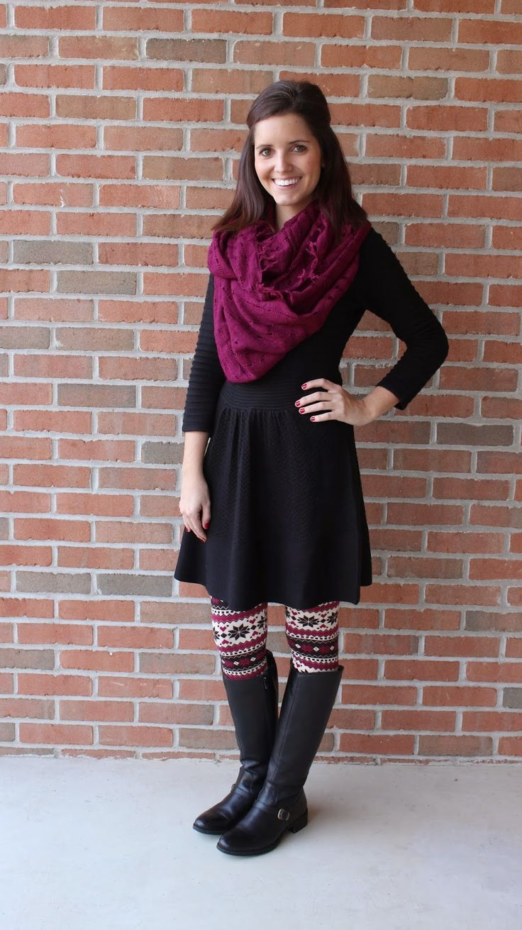 extraordinary outfits with patterned leggings jeans