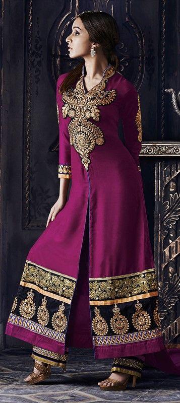 LOOK LIKE beautiful #ShraddhaKapoor in this ethnic wear.  #bollywood #bridalwear #wedding #indianfashion #salwarkameez #slit #partywear #indianwedding #onlineshopping