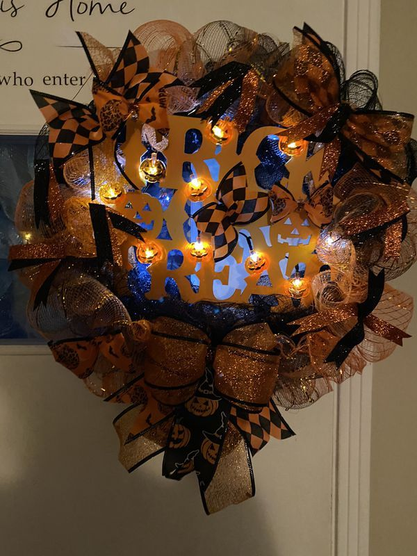 Florence Ky Halloween 2020 Halloween wreath with lights for Sale in Florence, KY   OfferUp in