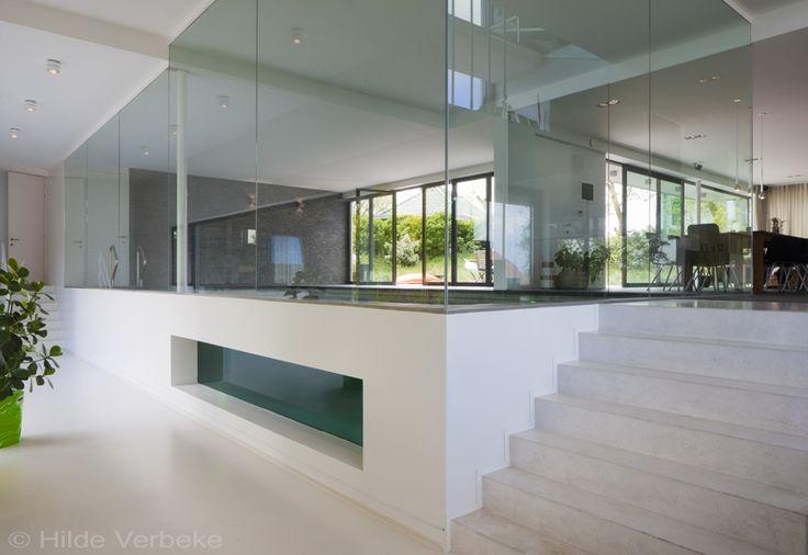 Binnenzwembad met onderwater window, exclusief betonnen zwembad bekleed met mortex