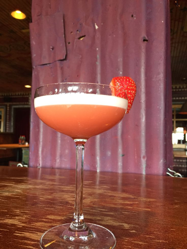 Meet us at Foundation Room for exclusive cocktails like this, Whiskey Tart. It is made with sour Year Bourbon, St. German Elderflower Liqueur, Egg whites, Fresh Strawberries and a hint of lemon. Click on the image to become a member.