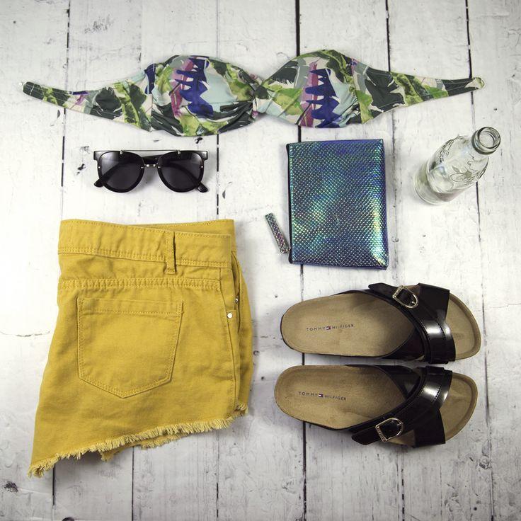 #tommy #hilfiger #slipper #summer #shoes #officeshoes #fashion #women #shine #photoshoot