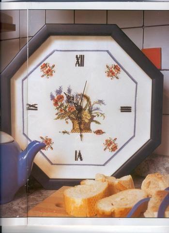 Schema punto croce Orologio Cesta Fiori 1a