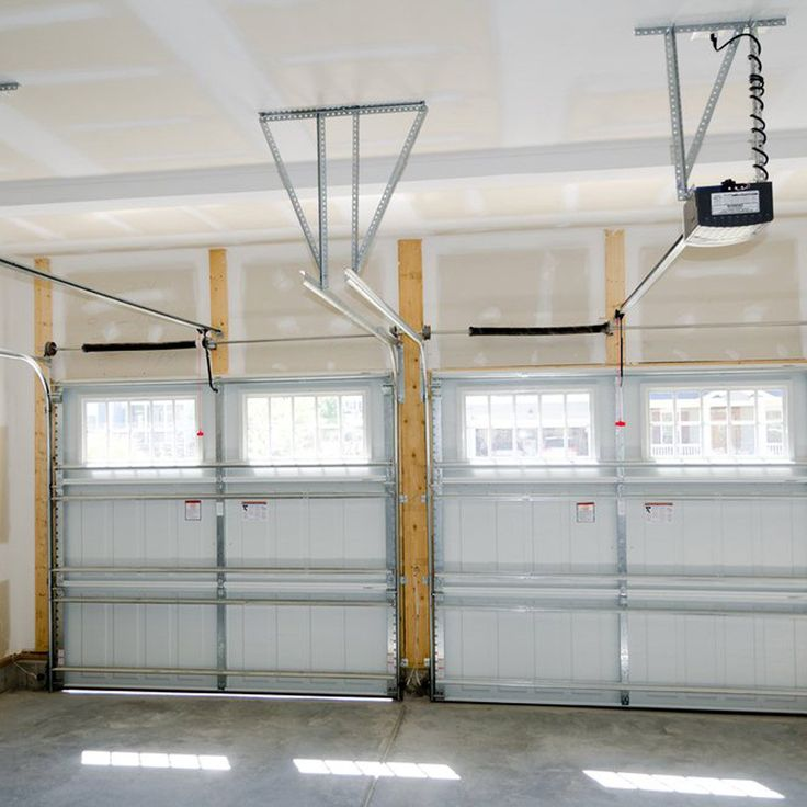 13 Garage Mistakes That Could Put You In Danger Garage Door