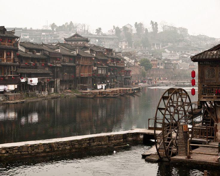 【美しい街】中国で最も美しいといわれる鳳凰古城でタイムスリップした気分になれる! 4枚目の画像