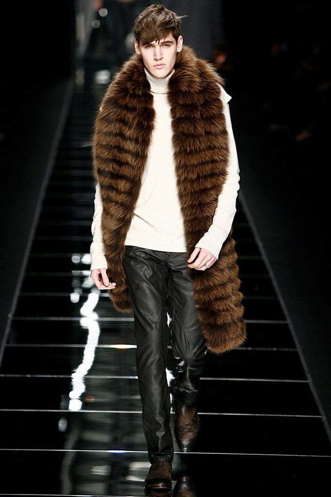 John Richmond Fall / Winter 2011 - Man with Fur Scarf