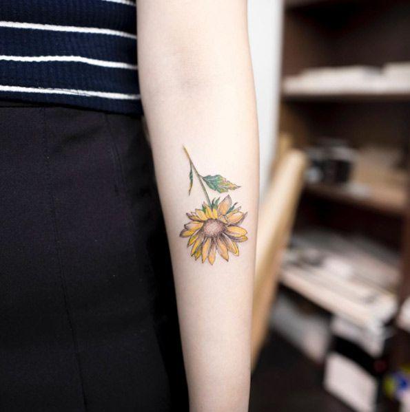 Sunflower on forearm by Hongdam
