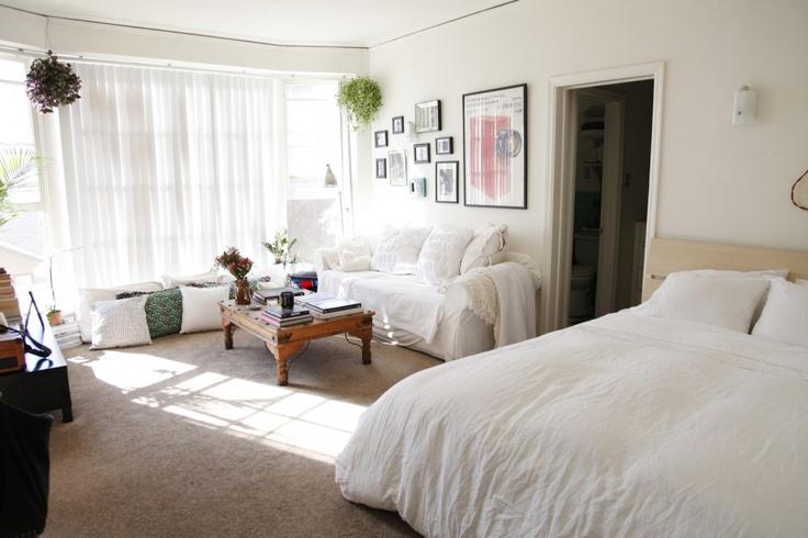 Best 25 ghetto house ideas on pinterest abandoned for Bachelorette bedroom ideas