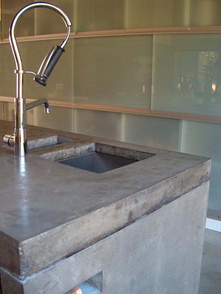 #betonnen keukenbladen #concrete kitchentops #quintenrongen