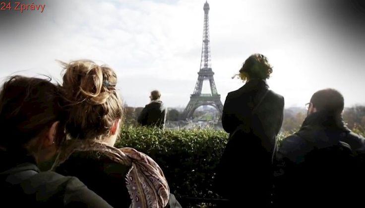 Okolo Eiffelovky vyroste neprůstřelná skleněná zeď. Akvárium pro turisty, bouří se lidé