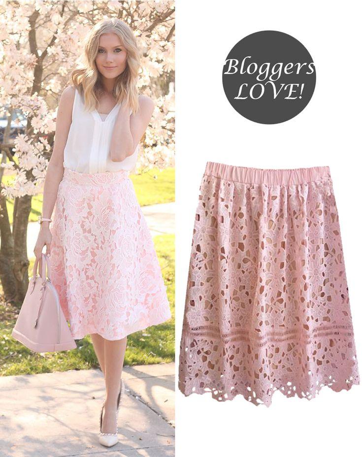 chic crochet midi φούστα σε ροζ blush/nude | Για αγορά πατήστε πάνω στην εικόνα