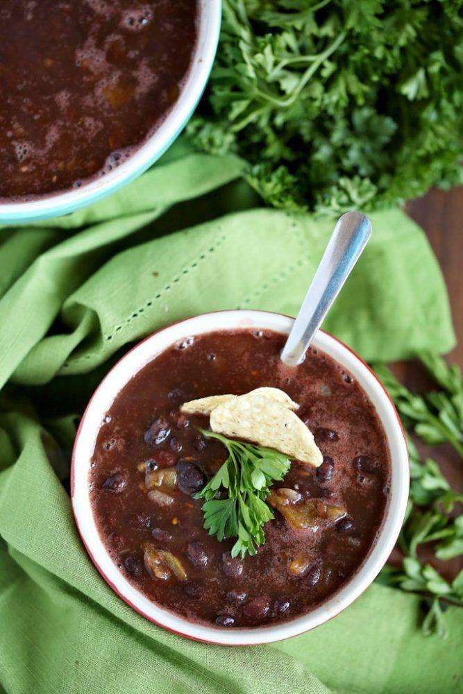 Slap Dash MomWeight Watchers Simple Black Bean Chili Recipe 2 PointsPlus Per 1/2 Cup | Slap Dash Mom