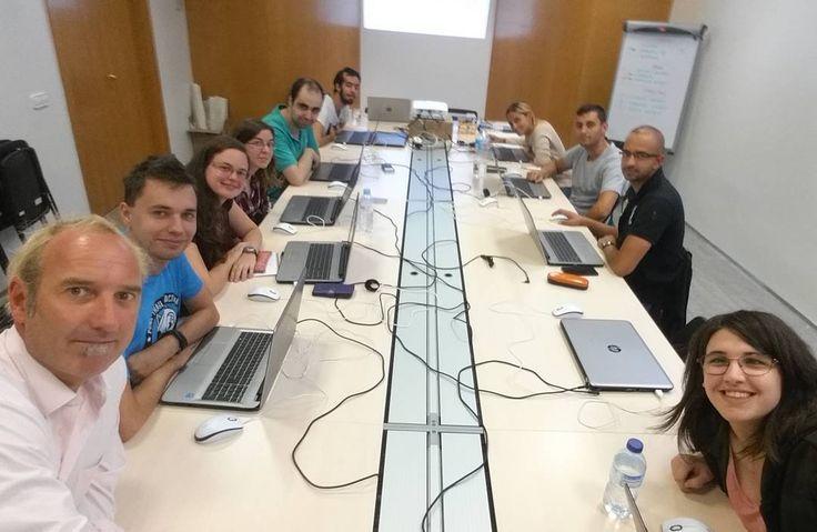 Promediando mi primer jornada del programa de #marketingdigital en @fundacioampans a por todas!