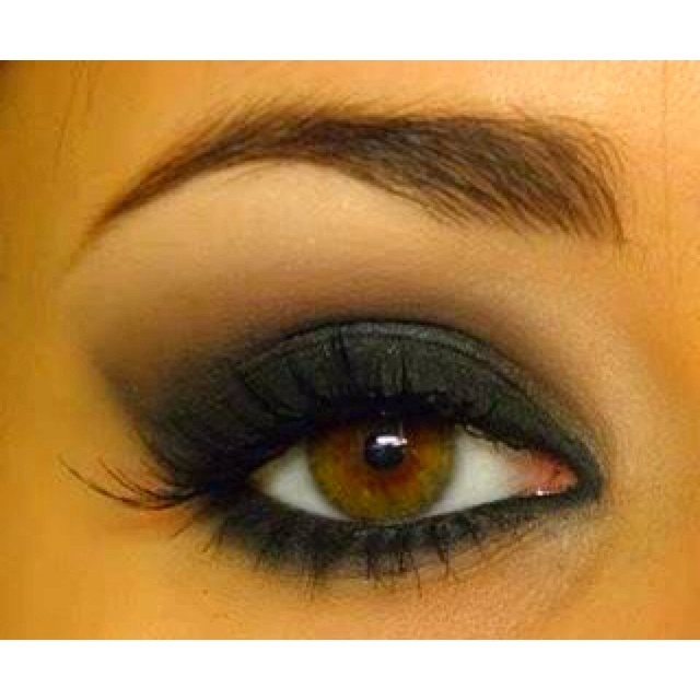 Apply Mary Kay's white lily all over eye, Cinnabar in the crease and coal on the lid.  Line with Black eyeliner.