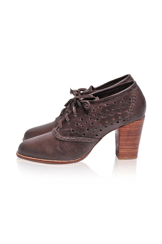 NEW! BREEZE. Womens shoes / leather oxford shoes / oxfords. Available in different leather colors. on Etsy, $165.00