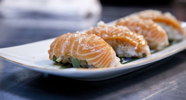 Salmon sushi with barley grains, rice and porcini soy sauce by Andreas Viestad