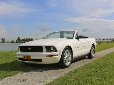 Ford Mustang Cabriolet, Straver Mobility uit Gouda