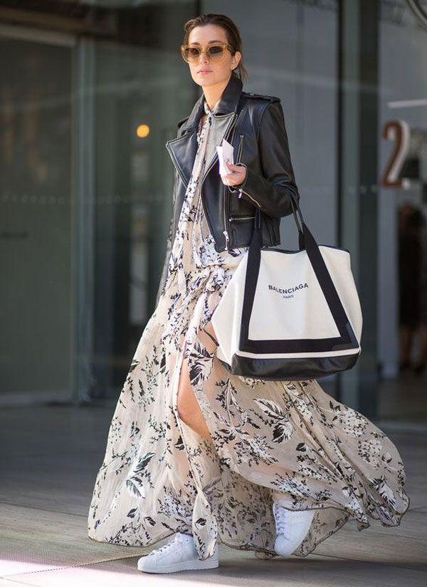 vestido-longo-estampado-jaqueta-couro-street-style-bolsa-balenciaga
