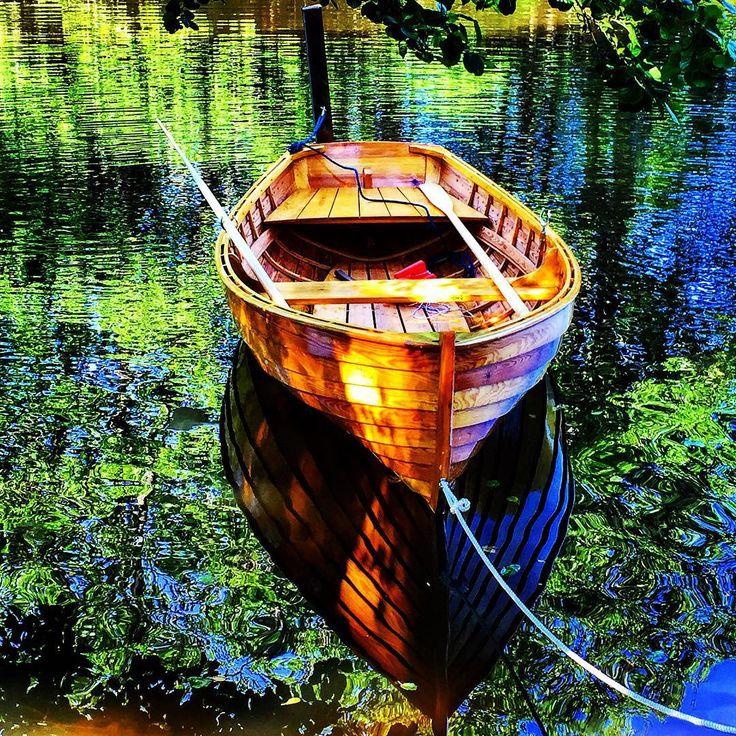-Pärlan- #pärlan #perlen #pearl #trebåt #båt #boat #robåt #sommer2015  #refleksjon #reflection #kymmeneelven #pyttis #finland