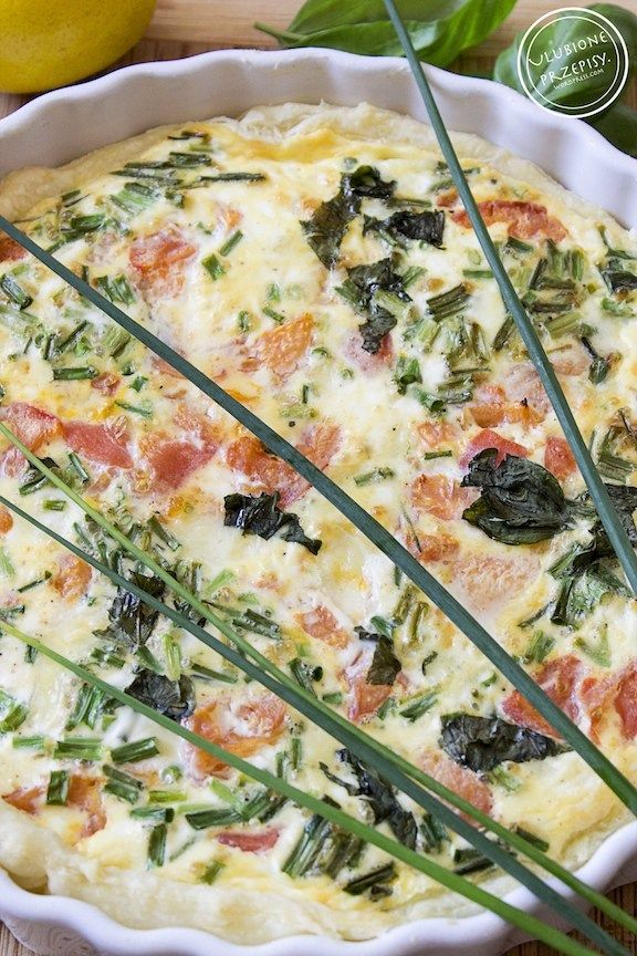 Share Tweet Pin Mail Bardzo dobra tarta z ciasta francuskiego z wędzonym łososiem i mozzarellą. Robiliśmy kilka razy i zawsze tak samo bardzo nam ...