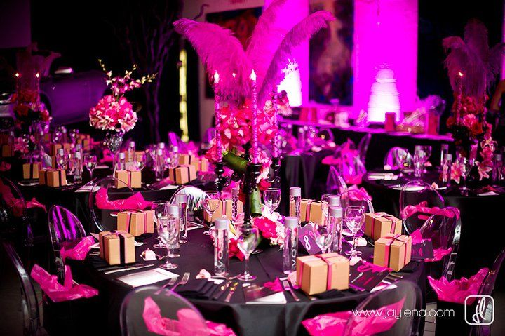 Hot pink and black Tablescape.