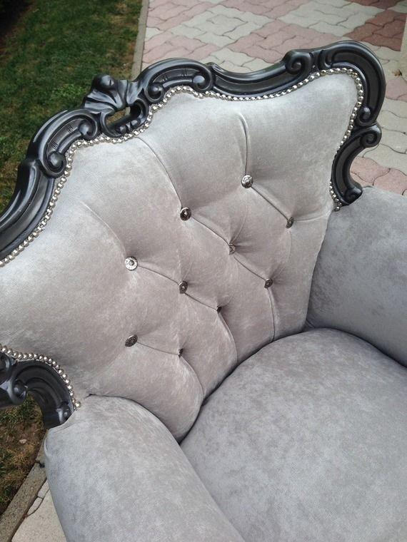 fauteuil baroque gris perle velours