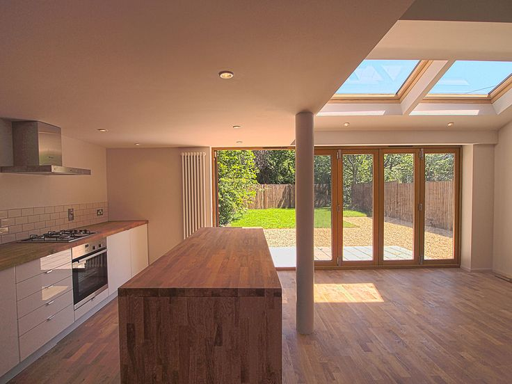 Ashley Hunt Architects, Manchester created a bright and welcoming space in this kitchen/dining extension.
