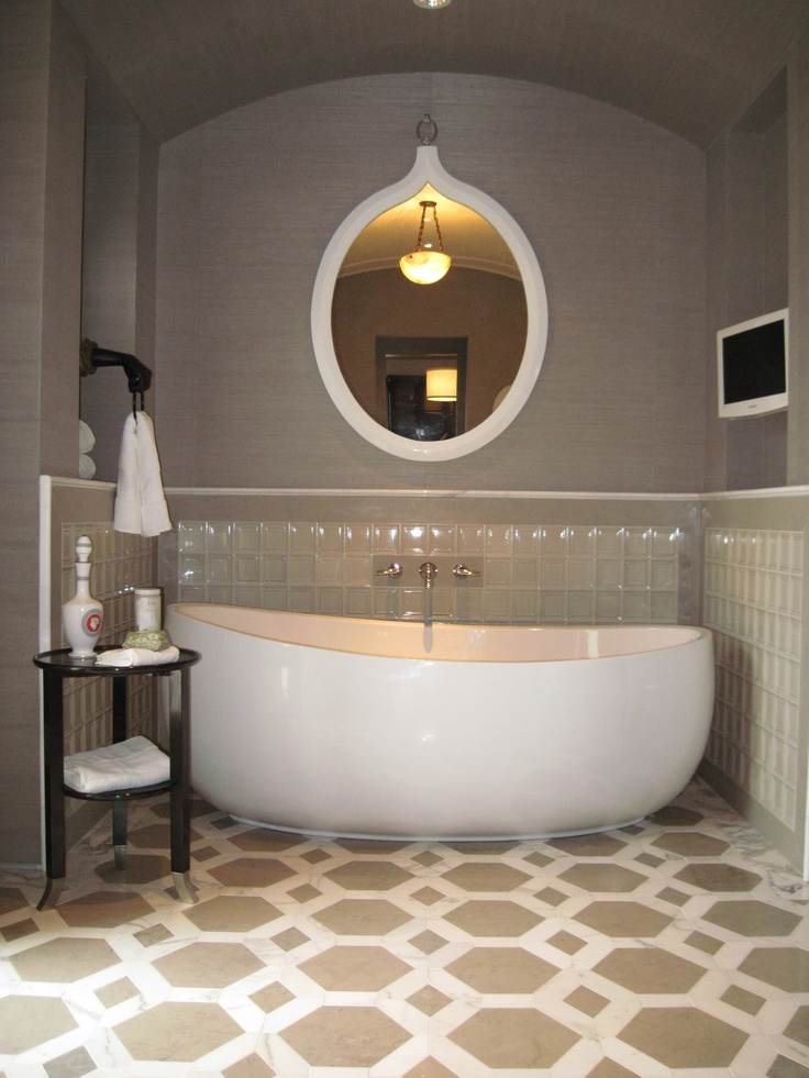 Maestro Collection From Hydro Systems Picasso Eclectic Bathtubs