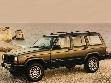 Jeep Cherokee Limited (1998 – 2001).