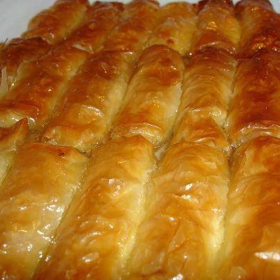 Γεύσεις της Εύβοιας: Γαλακτομπούρεκο τυλιχτό